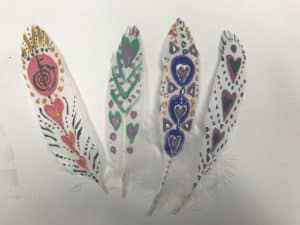 Feather painting play